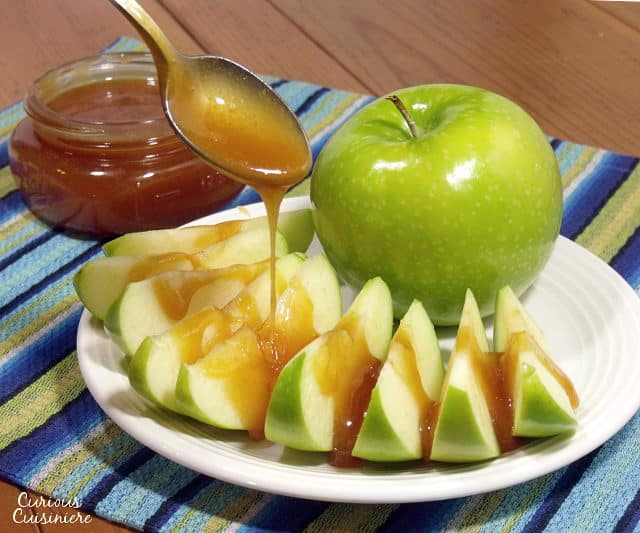 caramel sauce recipe without corn syrup that adds hints of vanilla ...
