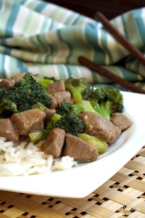 This Venison Stir Fry is a spicy twist on your classic Asian beef and broccoli stir fry using venison meat. Don't have venison? Lean beef works just as well!  | www.CuriousCuisiniere.com