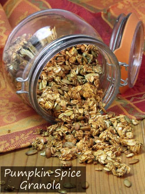 Get your breakfast fix of pumpkin with this fall flavored granola. | www.curiouscuisiniere.com
