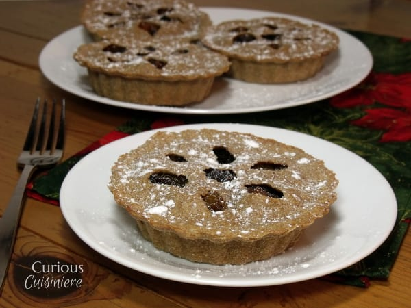 Our Mincemeat Pie recipe without meat is filled with Homemade Fruit Mincemeat, making it the perfect introduction to the classic English Christmas dessert. | Curious Cuisiniere