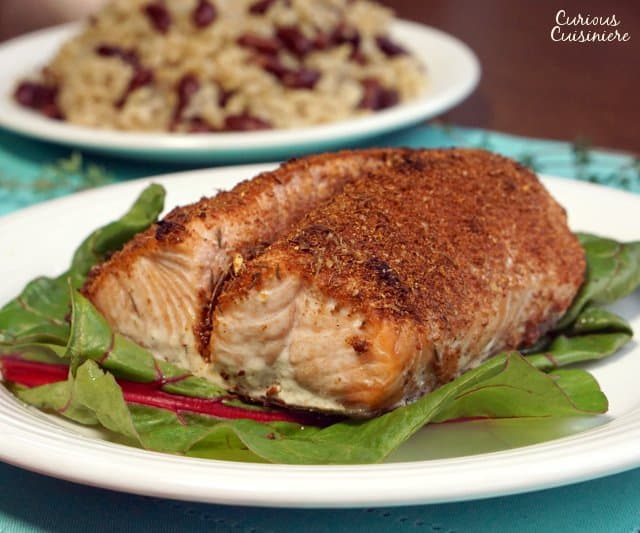 Broiled salmon gets an extra kick from Homemade Jamaican Jerk Seasoning, making this Jamaican Jerk Salmon recipe a simple weeknight meal. | www.CuriousCuisiniere.com