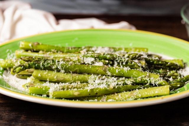 Parmesan and Garlic Asparagus Easter side dish