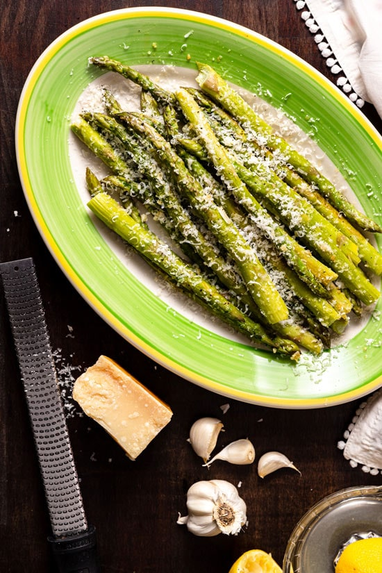 Parmesan and Garlic Asparagus Easter vegetable recipe