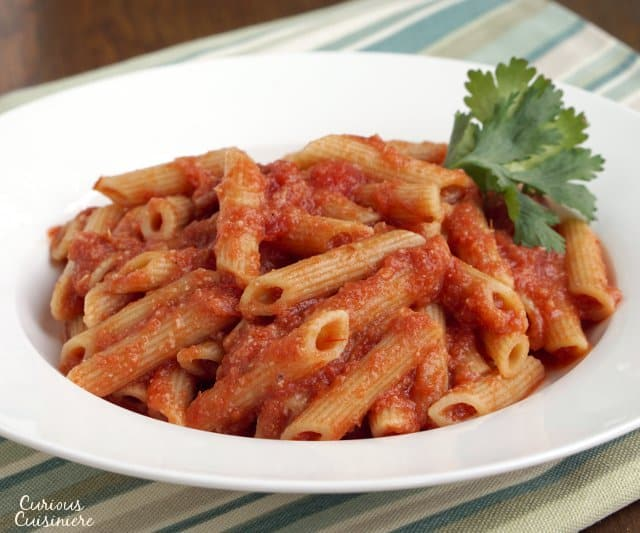While not quite as creamy and rich as the traditional vodka sauce, this healthy Penne alla Vodka gives you the same great flavor in a dish you can feel great about!   www.CuriousCuisiniere.com