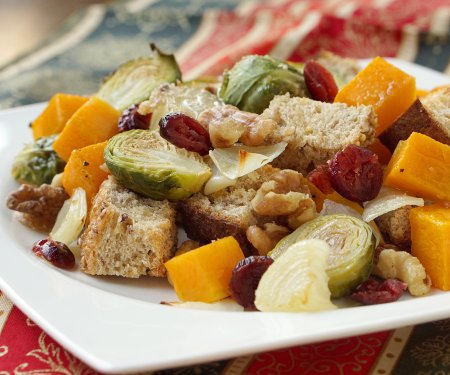 Italian Fall Butternut Squash Panzanella Salad with multi grain bread.