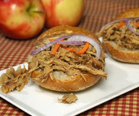Slow Cooker Apple Bourbon Pulled Pork Sliders