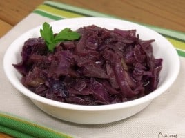 Sweet and tangy German red cabbage is a delicious and healthy side dish for any fall meal.   www.curiouscuisiniere.com