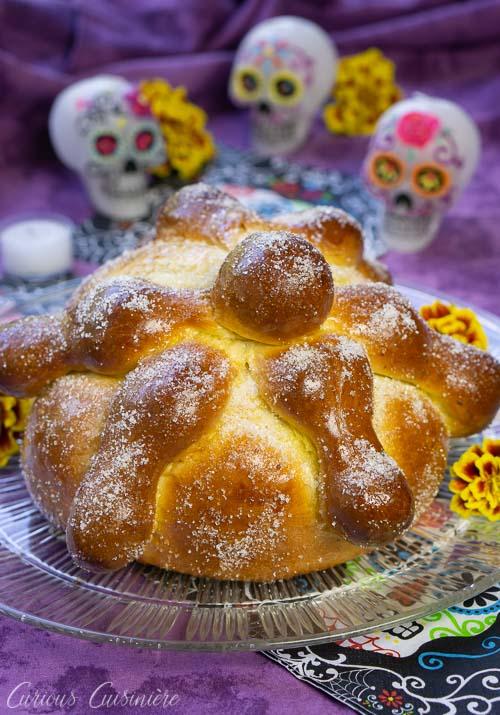 Mexican Day of the Dead Bread Pan de Muerto