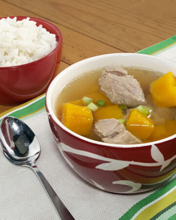 For such a simple soup, this Vietnamese Pork and Pumpkin Soup packs a whole lot of comforting fall favor.   www.curiouscuisiniere.com