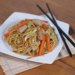 Yakisoba (Japanese Stir Fried Noodles) #SundaySupper