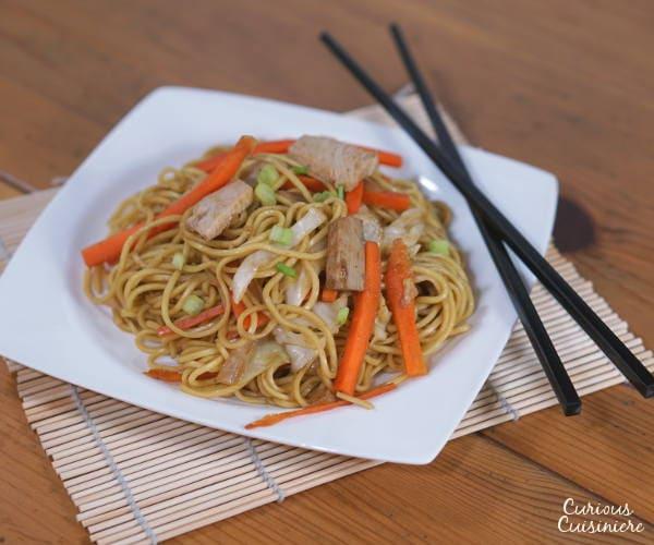 Yakisoba (Japanese Stir Fried Noodles) • Curious Cuisiniere