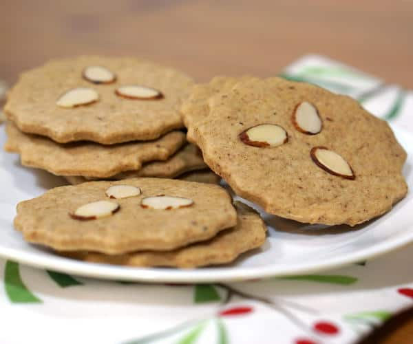 Also known as Dutch Windmill Cookies, our Dutch Speculoos might not be in the shape of windmills, but they still bring the same crisp, spiced cookie flavor of the traditional Christmas recipe. | www.curiouscuisiniere.com