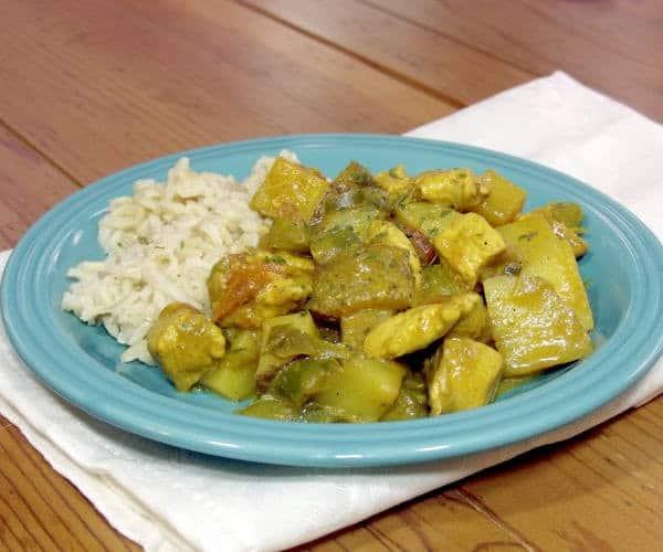 Kuku Paku (African Coconut Chicken Curry)