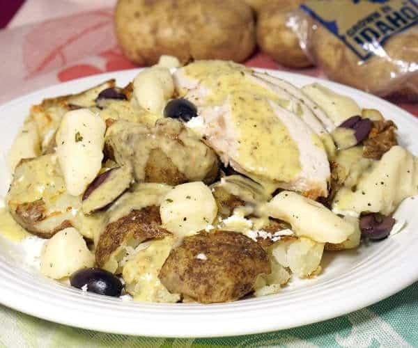 Greek Chicken Poutine #SundaySupper