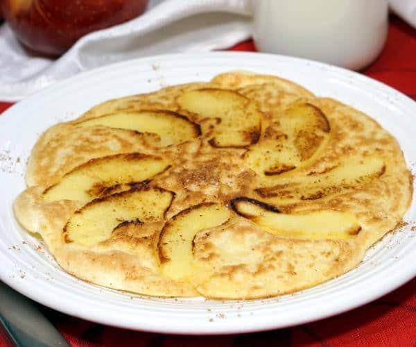 Apfelpfannkuchen (German Apple Pancakes)