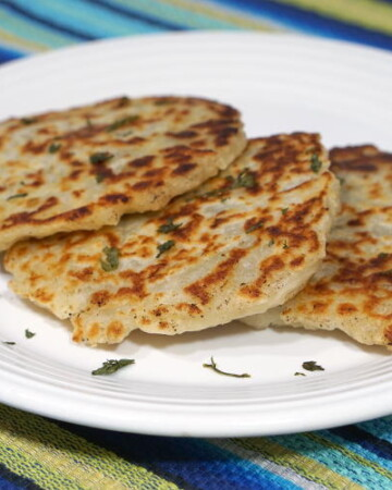 Potato pancakes are common in many European and Middle Eastern countries. Boxty is the Irish version. | www.CuriousCuisiniere.com