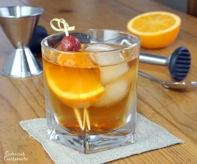 Whether you like your Brandy Old Fashioned sweet or sour, this Wisconsin take on the classic cocktail is the perfect drink for sipping as you grill up some brats or enjoy a classic fish fry. | www.CuriousCuisiniere.com