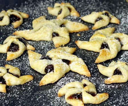 Joulutorttu (Finnish Christmas Star Cookies)