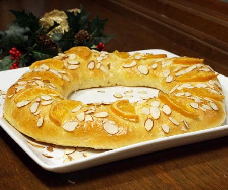 Rosca de Reyes (Three Kings Bread)