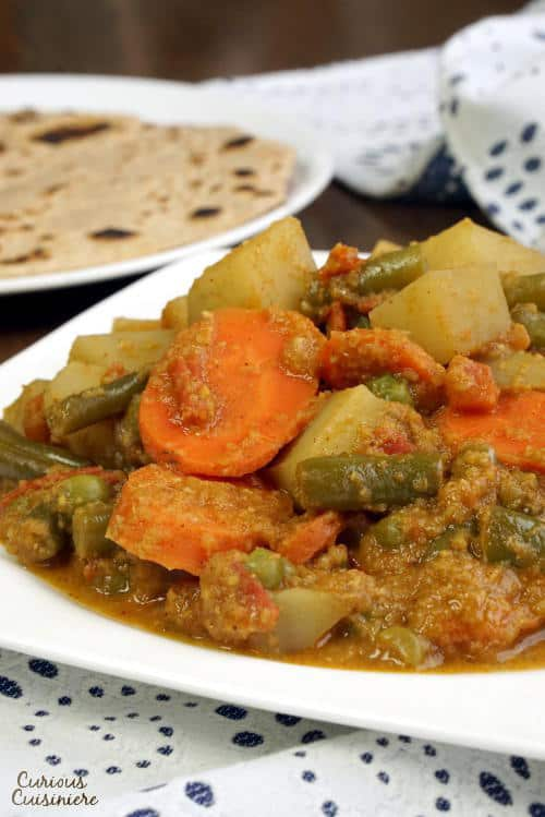 South indian vegetable korma curious cuisiniere indian korma forumfinder Choice Image
