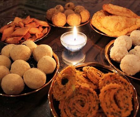 Sweet treats for Diwali - Diwali is the festival of light, celebrating the victory of light over darkness, good over evil and knowledge over ignorance. Learn more about the celebration andthe foods eaten during Diwali. | www.CuriousCuisiniere.com