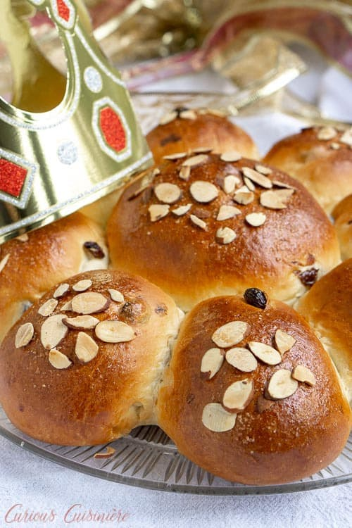 Dreikönigskuchen Swiss Three Kings Bread topped with sliced almonds | Curious Cuisiniere
