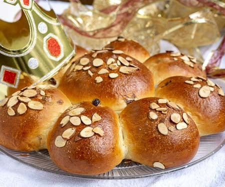 Swiss Epiphany Bread with raisins small image | Curious Cuisiniere