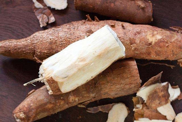 Peeled Cassava Root | www.CuriousCuisiniere.com