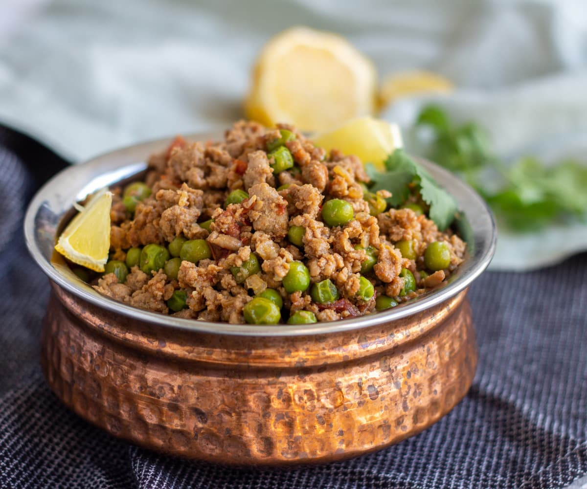Keema Matar (Pakistani Ground Beef Curry with Peas)